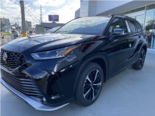 XSE HIGHLANDER PRECIOSA NEGRA CON ROJO , Toyota Puerto Rico