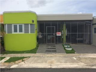 Casa, Parque de Isla Verde, 3H, 2.5B, piscina, Carolina Real Estate Puerto Rico