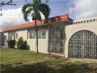 Casa Parkville, mucho espacio, Guaynabo Real Estate Puerto Rico