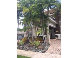 Bienes Raices Espectacular Res. Palma Real- Guaynabo  Puerto Rico