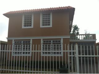 Casa, Levittown, 4Cuartos 2 1/2 baños 140K , Toa Baja-Levittown Bienes Raices Puerto Rico
