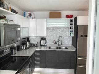 Moderno penthouse 3/2 Villa de la Fuente, Guaynabo Bienes Raices Puerto Rico
