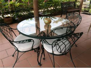 Toa Alta Puerto Rico Tanques de Agua, Juego comedor terraza  - Mesa y 4 sillas