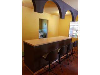 Bayamón Puerto Rico Muebles, Barra con sillas y fascia $150.00 OMO