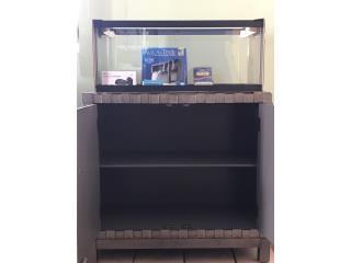 20 gallon breeder aquarium con mueble  Puerto Rico