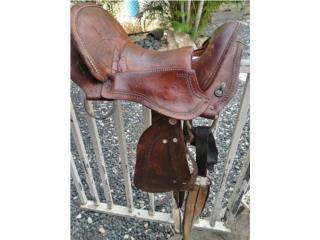Se vende silla $275 llama al 787-315-4241 Puerto Rico