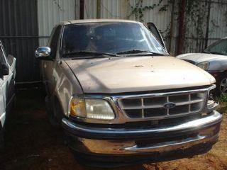 Ford pick up F-150 V8 cab1/2 1998 Puerto Rico JUNKER 3000