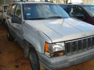 Jeep Grand cherokee 1998 6cyl Puerto Rico JUNKER 3000