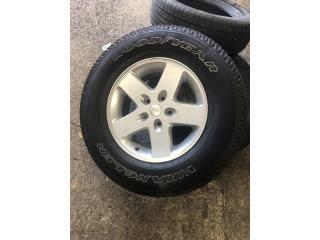 "1 ARO 17""DE JEEP WRANGLER ORIGINAL  Puerto Rico Import Tire"