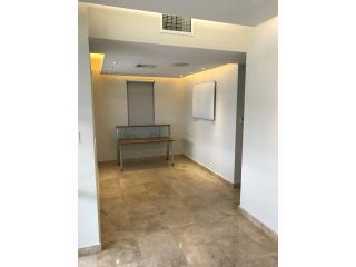 Oficina / local Remodelada Primer piso , San Juan-Hato Rey Clasificados