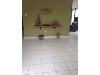 Bienes Raices Casa, Cerca de El Señorial, 3 cuartos y 2 bañ  Puerto Rico