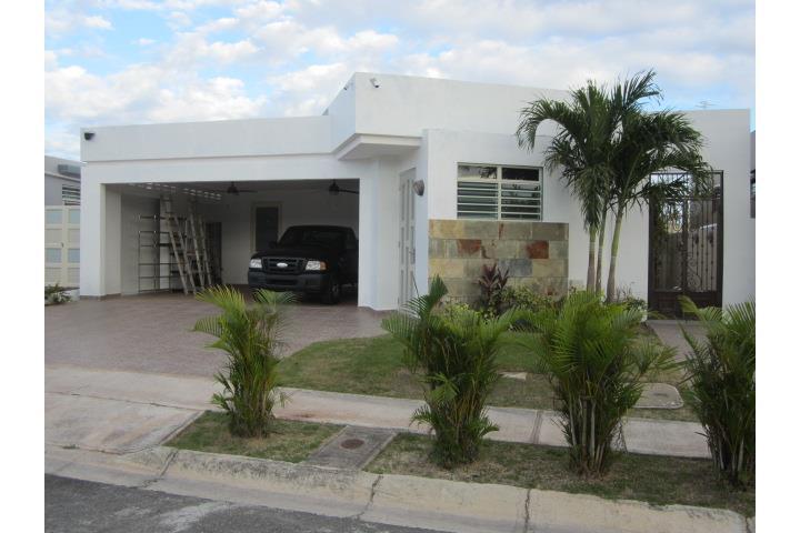 Colinas de verde azul puerto rico venta bienes raices juana d az puerto rico real estate for sale - Urbanizacion las colinas el casar ...
