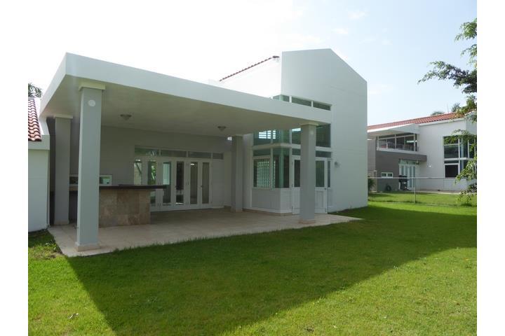 Ciudad jardin puerto rico venta bienes raices gurabo for Casas en ciudad jardin malaga