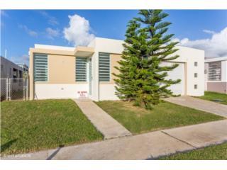 Senderos de Juncos $122,900 con terraza!, Juncos Real Estate Puerto Rico