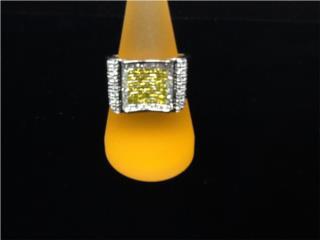 Anillo Corte Princesa en oro blanco de 14K, Monte Piedad, Inc. Puerto Rico