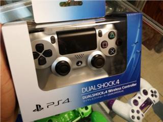 Control de PS4 Silver Original de Japon, PRO Electronics Puerto Rico