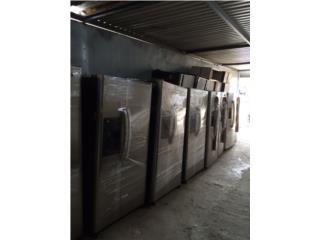 Nevera con puertas en stainless steel, El Resuelve Puerto Rico