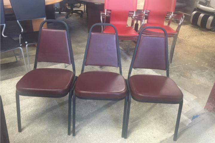 Sillas para restaurante cafeterias comedores puerto rico for Sillas de oficina usadas