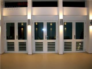 Puerta Dos Hojas Heavy Con 1/4 ventana 60x84, MG Inter / Space Designs Puerto Rico
