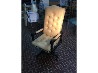 Vintage Office Chair, Mr. Bond Vintage Puerto Rico