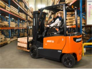 Guaynabo Puerto Rico Equipo Comercial, FORKLIFT - PALLET JACK - BATERIA INDUSTRIAL