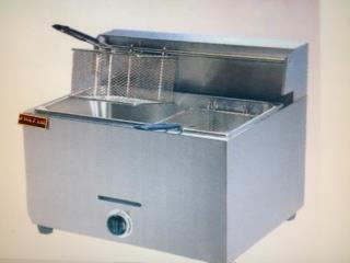 FRYER GAS mesa / 1 TANQUE - 2 CANASTAS nueva, AA Industrial Kitchen Inc Puerto Rico