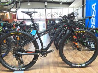 Orbea Oiz M30 2018 Carbon Eagle Frenos XT, MDC Outlet Ponce Puerto Rico