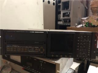 TEKTRONIX TGS 200 1740A | B047807, Reuse Outlet Store Puerto Rico