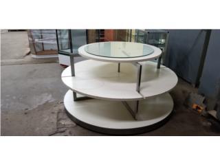 Mesa redonda de tres tablillas  6 pies ancha, CONSIGNACIONES CMA Puerto Rico