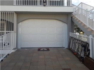 Marcos trabajados en aluminio blanco, Authentic Garage Doors PR Puerto Rico