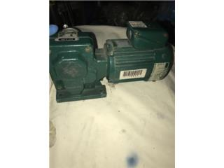 Motor Reductor 1/4HP 3Ph, 20:1 220/460V 87RPM, Reuse Outlet Store Puerto Rico