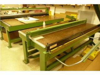 Used 96¨ RJE sample maker, Gondolas PR Puerto Rico