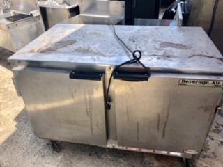 Mesa Refrigerada 2 puertas'' Usada, Atlantic Supplies Puerto Rico