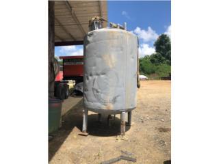 Tanque de agua, AGUSTIN CARDONA Puerto Rico