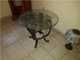 Mesa centro tope cristal. Garage sale, ECONO/CRISIS SOLUTIONS Puerto Rico