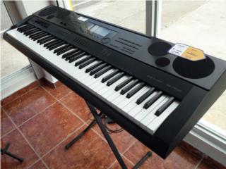 piano electrico, La Familia Guayama 1  Puerto Rico