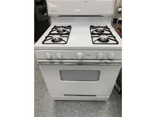 Estufa de 4 hornillas , La Familia Casa de Empeño y Joyería-Bayamón Puerto Rico