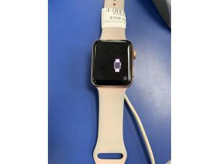 Apple watch series 3, La Familia Casa de Empeño y Joyería-Bayamón Puerto Rico