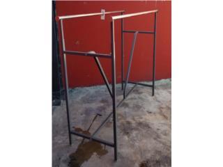 Se vende rack doble  para ropa, CONSIGNACIONES CMA Puerto Rico