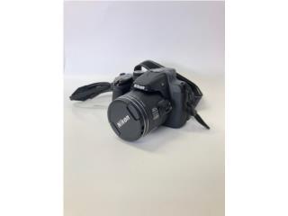 Camara Nikon modelo coolpix p520, La Familia Casa de Empeño y Joyería, Ave. Barbosa Puerto Rico