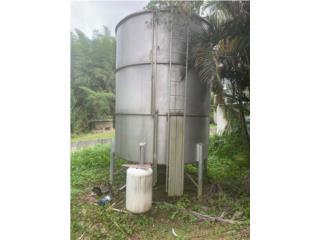 Tanque de agua 6,000 galones , AGUSTIN CARDONA Puerto Rico
