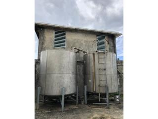 Caguas Puerto Rico Equipo Construccion, Tanques Stainless Steel (1)2,000g,(2)500g,(1)225