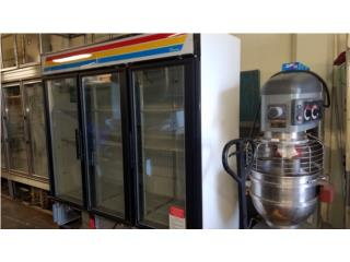 Freezer True 3Puerta Cristal Usando Batidora , Pablo Sánchez Puerto Rico