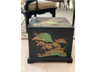 Caja china para almacenaje, Sucesion Wood Vicente Puerto Rico