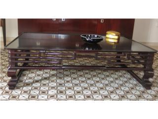 Set de dos mesas bajitas orientales, Sucesion Wood Vicente Puerto Rico