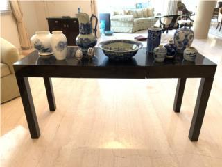 Variedad de porcelana blanca y azul importada, Sucesion Wood Vicente Puerto Rico