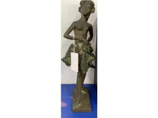 Escultura de Bailarina, La Familia Casa de Empeño y Joyería-Carolina 1 Puerto Rico