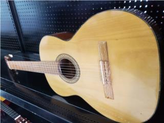 Guitarra , LA FAMILIA SAN SEBASTIAN 1 Puerto Rico