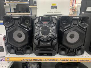 Mini stereo Samsung, La Familia Casa de Empeño y Joyería-Ponce 2 Puerto Rico