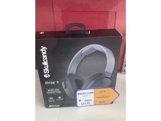 Skullcandy headset new $55 aprovecha!, La Familia Casa de Empeño y Joyería, Bayamón Puerto Rico
